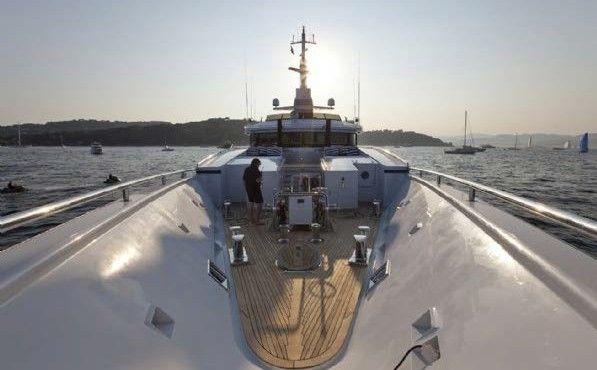 59-meter-luxury-super-motor-yacht-23